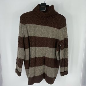 $75 Retail Halogen Sweater A52